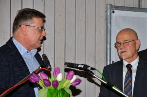 Abschiedsgeschenk der Puschendorfer SPD an den Bürgermeister Wolfgang Kistner